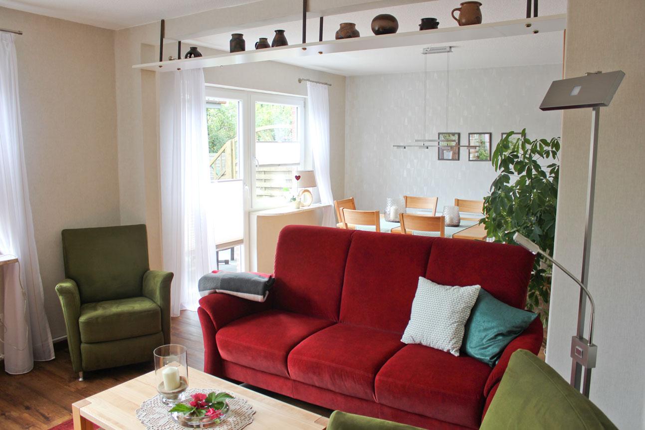 """Couch in der Ferienwohnung """"Säbelschnäbler"""" im Zentrum von Büsum an der Nordsee"""